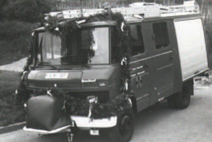 LF 8 1986
