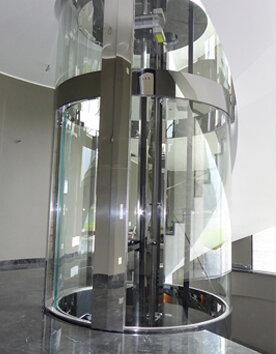 Runder Aufzug Giotto mit Edelstahlverglasung