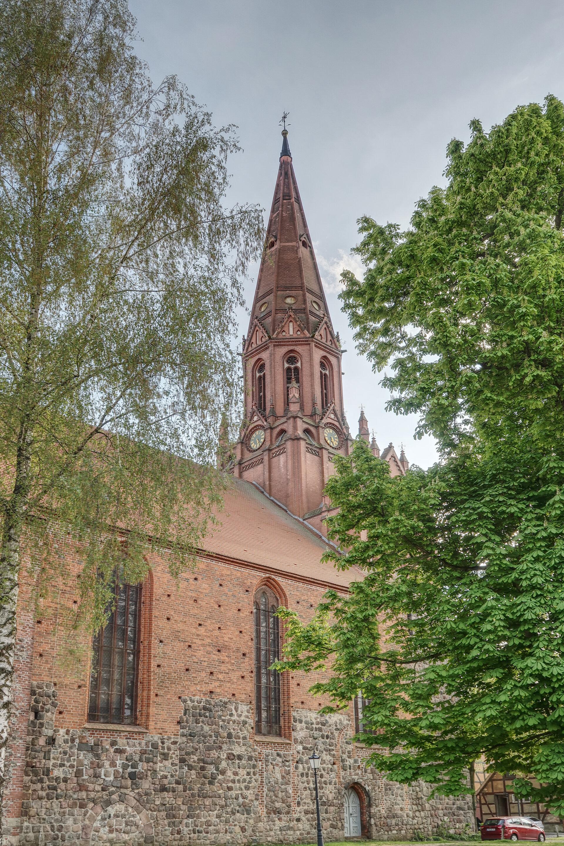 Die Pritzwalker Kirche Sankt Nikolai. Foto: Lars Schladitz