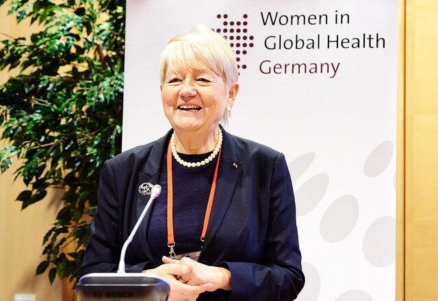 Prof. Ilona Kickbusch, Direktorin des Zentrums für Globale Gesundheit im Genfer Hochschulinstitut für internationale Studien