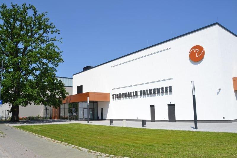 Am 1. April 2016 wurde die neue Stadthalle Falkensee eröffnet (Quelle: Stadtarchiv).
