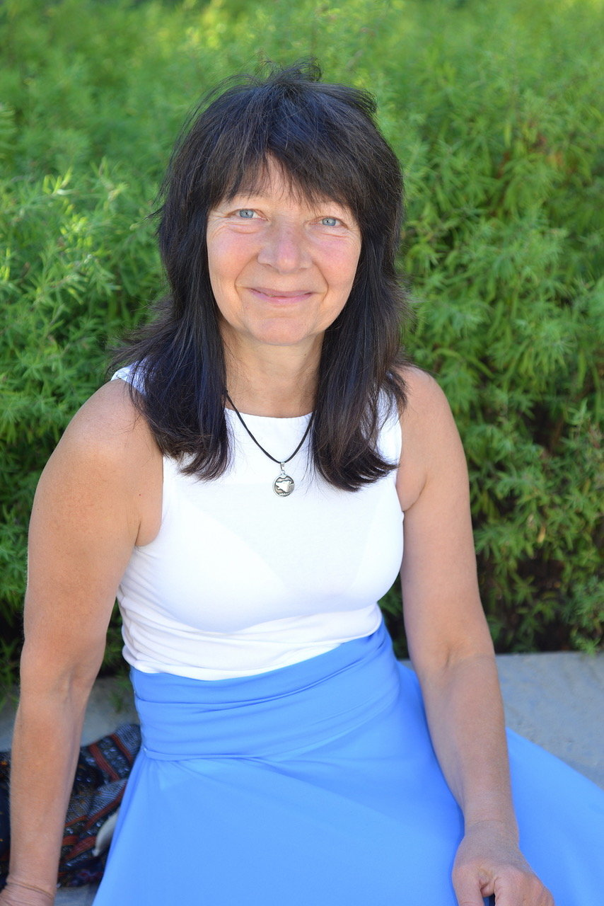 Dr. Iris Schiek