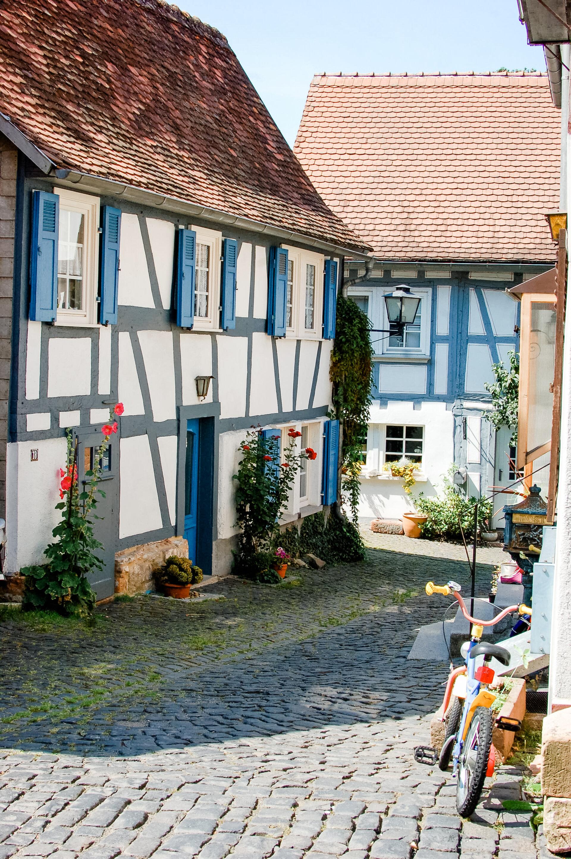 Malerische Gassen in der Altstadt von Ortenberg