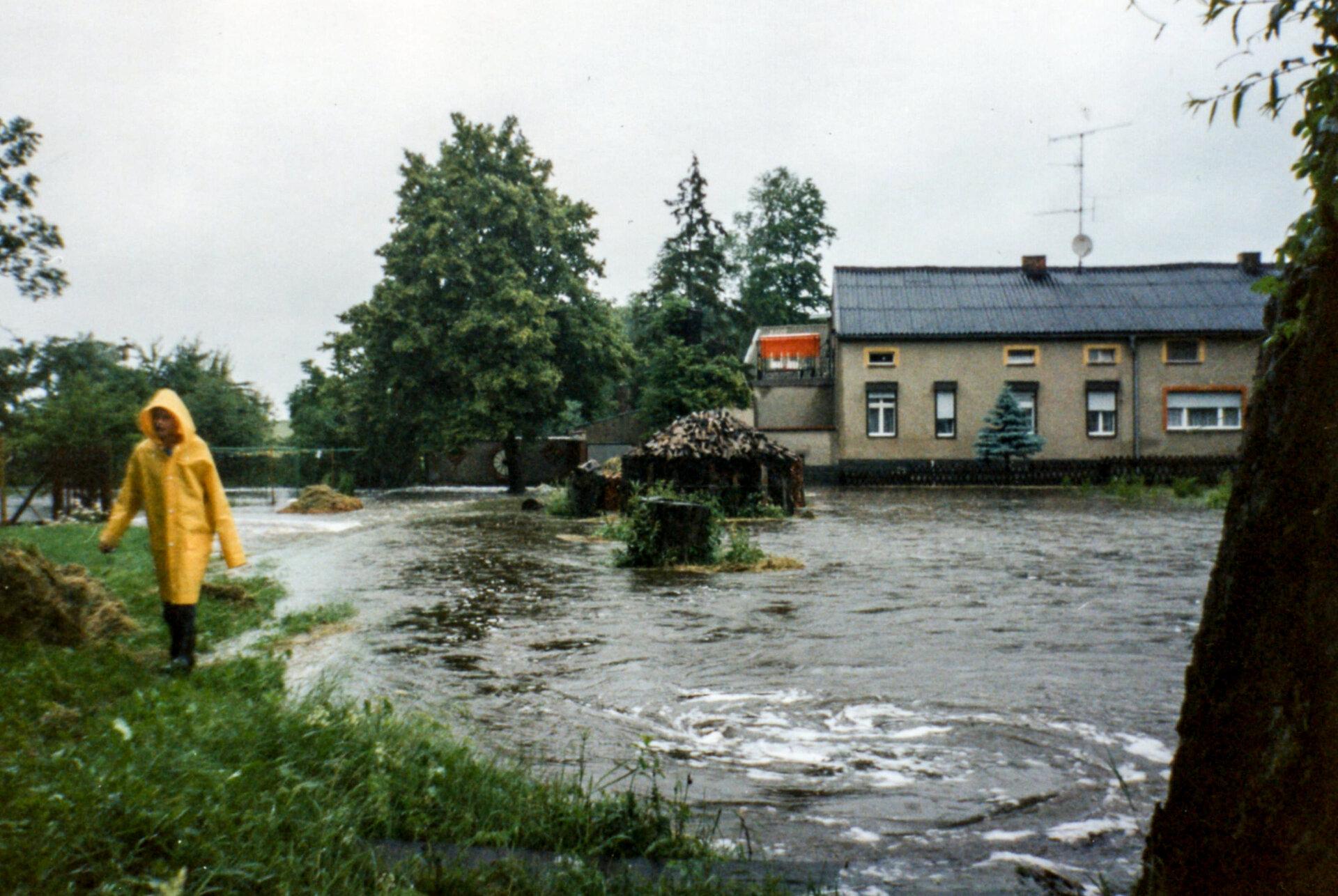Beveringen_1993_Hochwasser_bei_Borchert