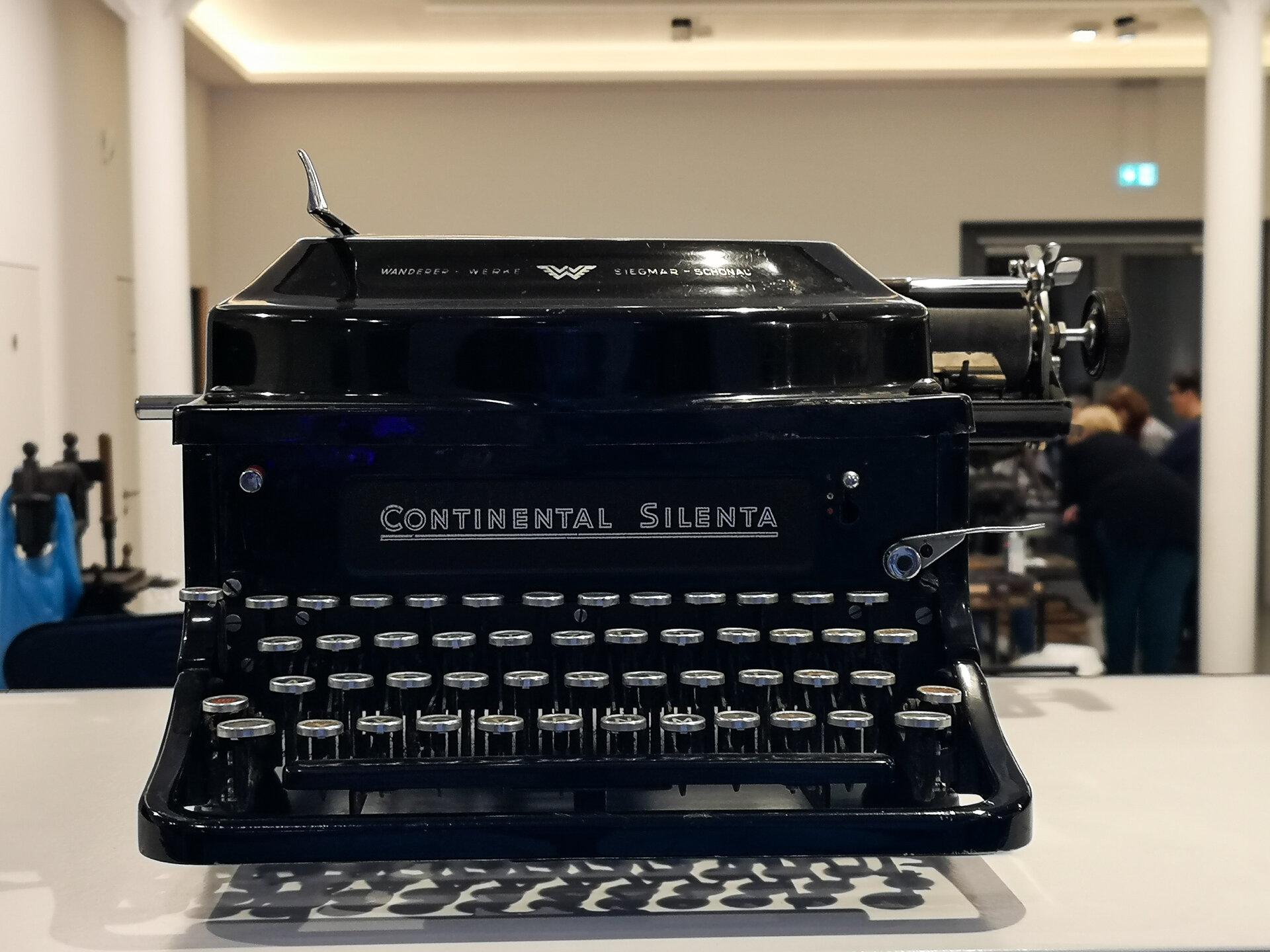 Schreibmaschinen_3_von_3_