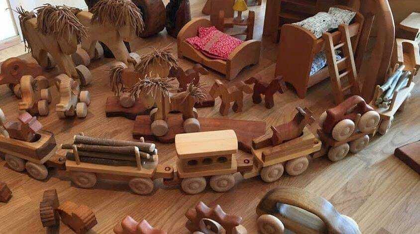Schmidt_Holzspielzeug