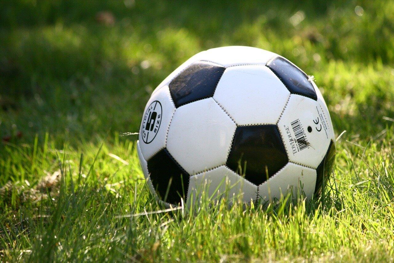 football-1396740_1280