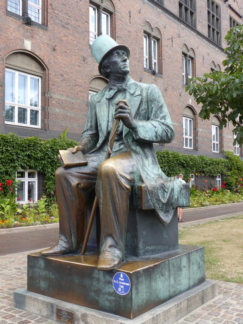 Statue von Hans-Christian Andersen in Kopenhagen (Copyright: A. Wurm)