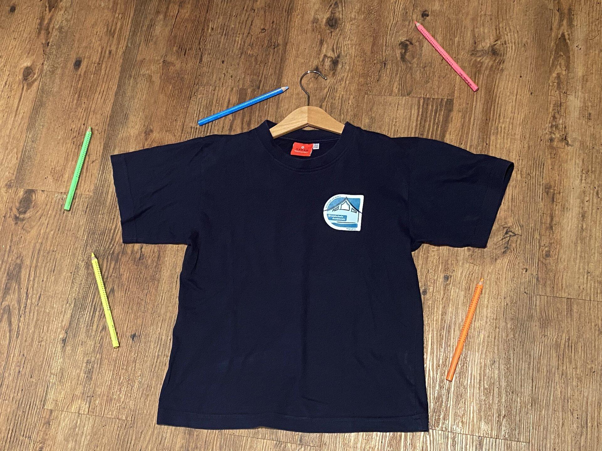 T-shirt mir Rundhals