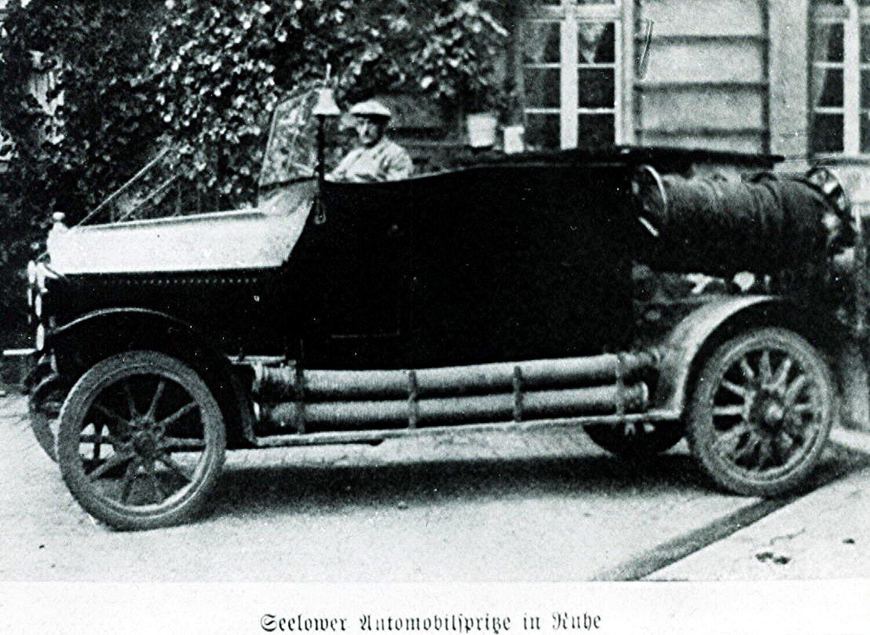 erste_Automobilspritze