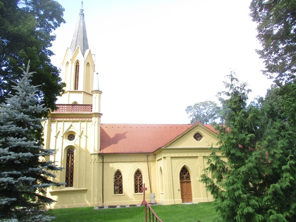 Kirche zum Heiligen Josef in Tamsel