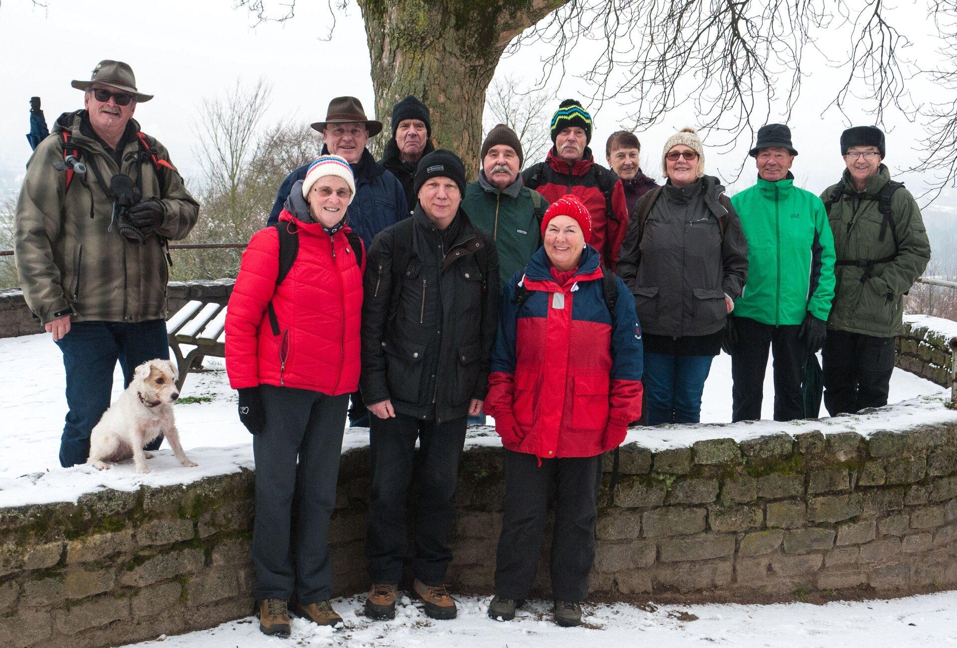 Bild zeigt Teilnehmer*innen der Januar-Wanderung 2018; Foto: Stadt Maintal