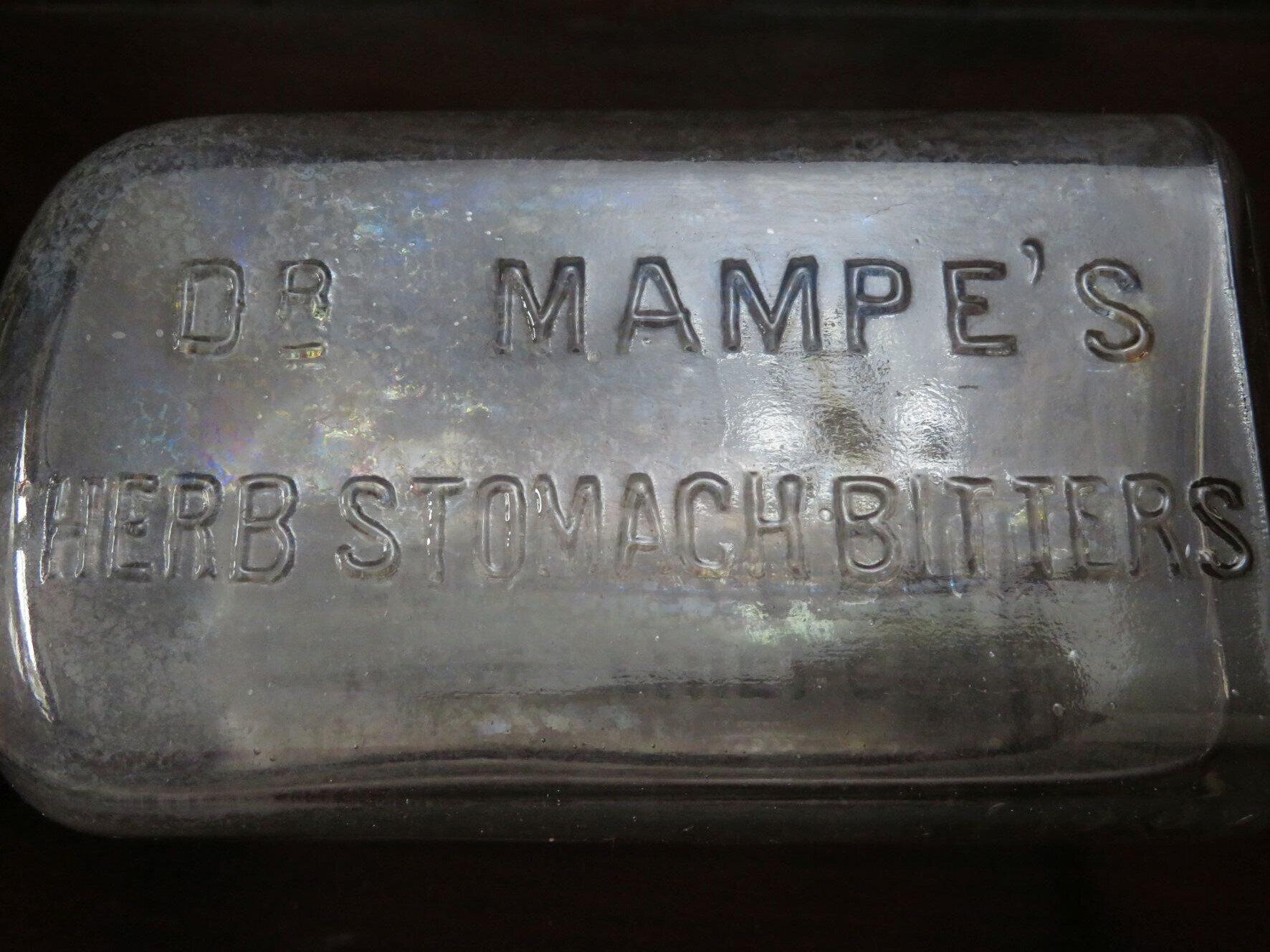 Dr. Mampes Herb Bitters, ©Stephan Becker, Brüssow