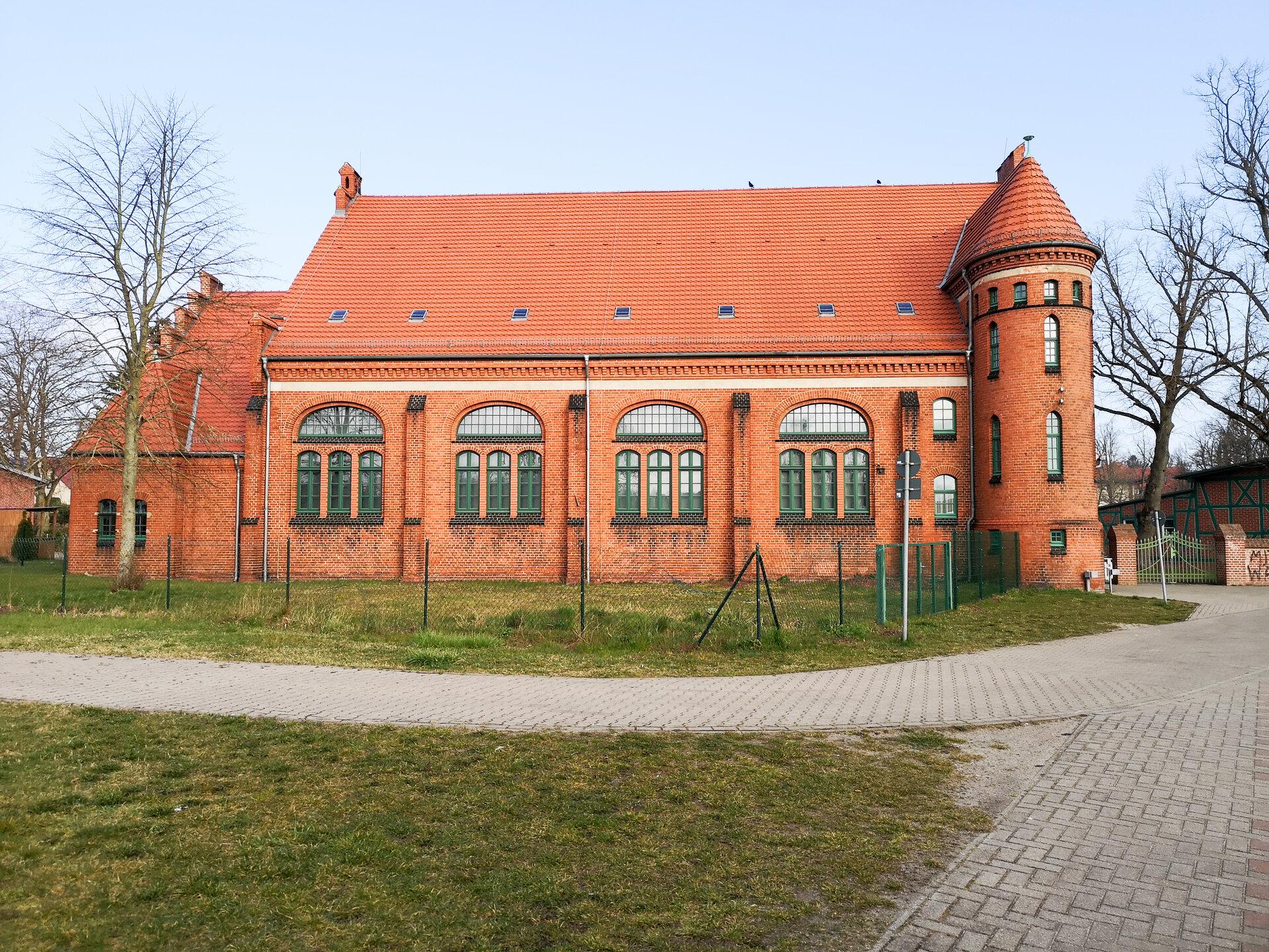 Turnhalle_Gymnasium_4_von_4_