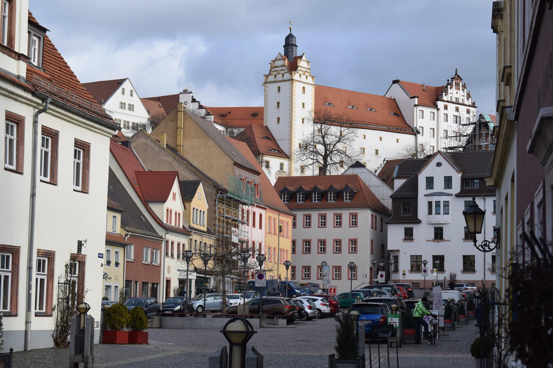 Markt mit Blick zum Schloss