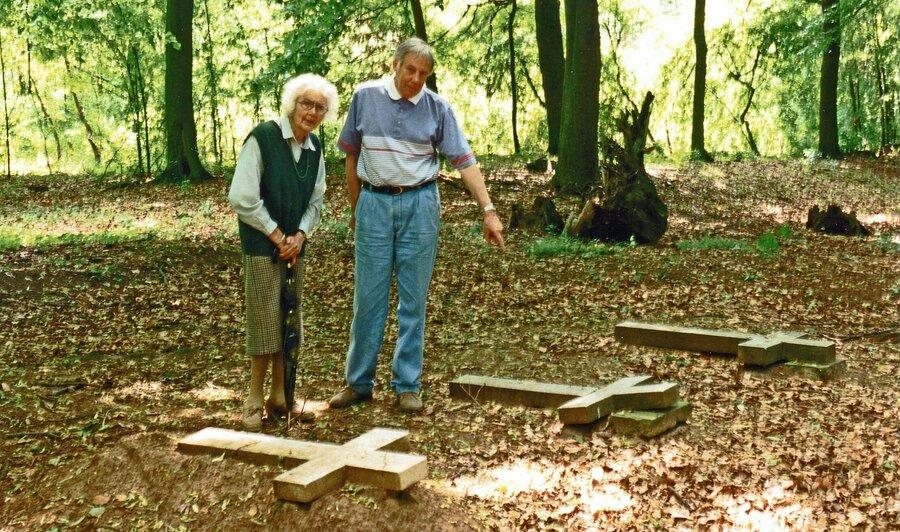 Begräbnisplatz 1997