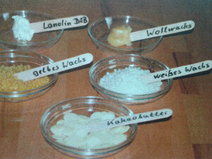 Wollwachs (INCI Lanolin) :