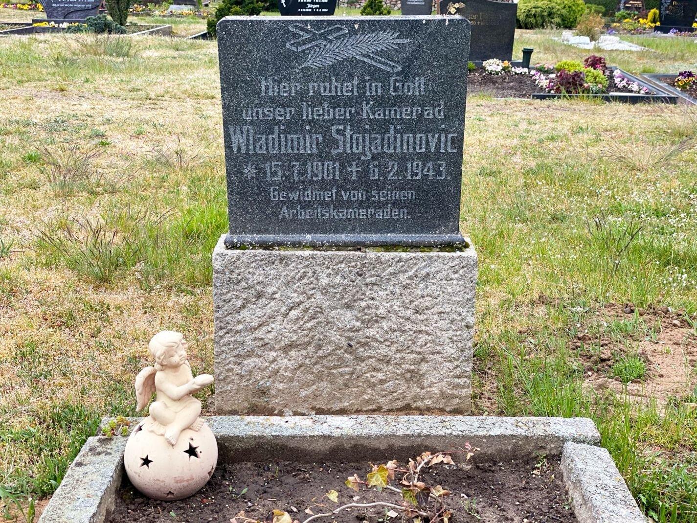 Mesendorf, Friedhof: Ehrengrab für einen im Zweiten Weltkrieg gestorbenen jugoslawischen Zwangsarbeiter