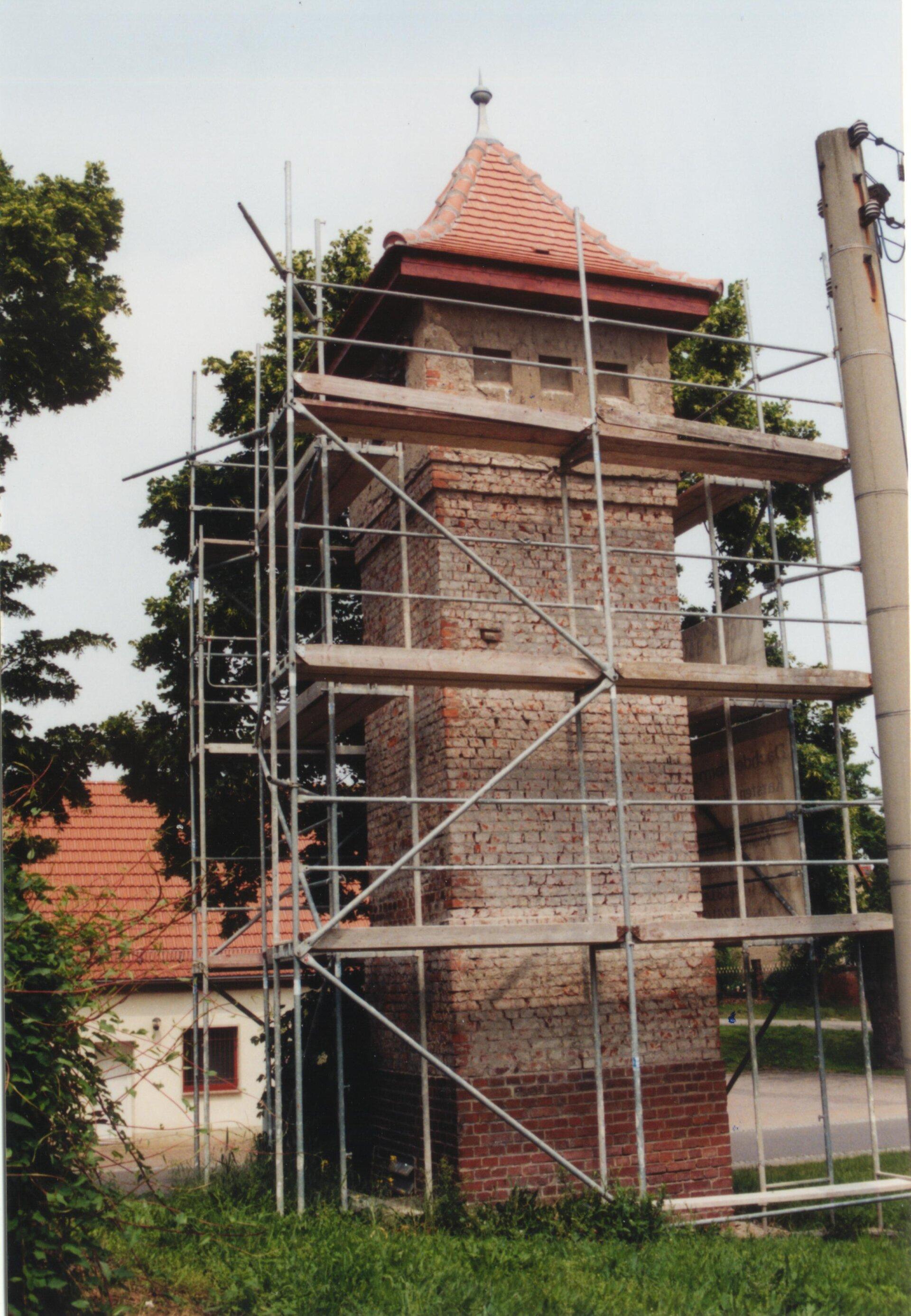 Trafo während des Umbaus, 2003