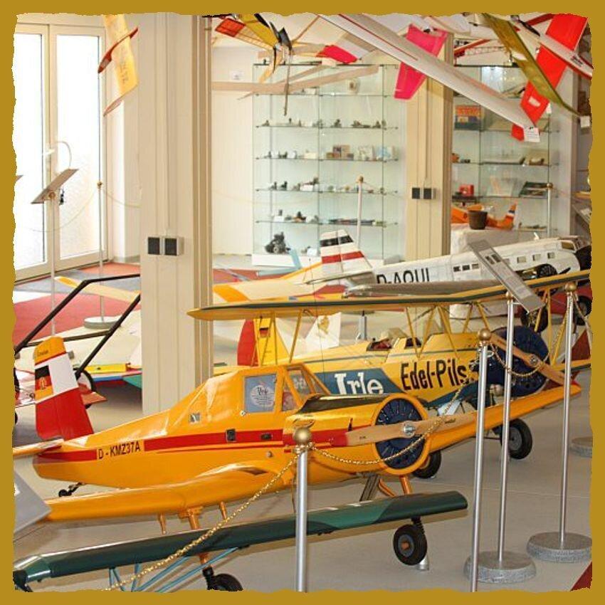 Flugmodelsportmuseum_mit_Rahmen