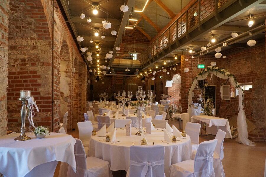 Tischdekoration Hochzeit Burg Storkow