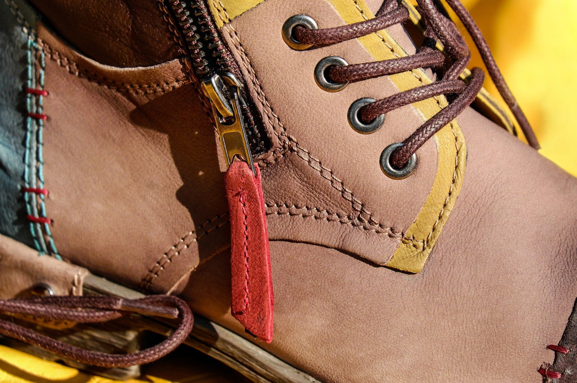 shoe-1708632_1920