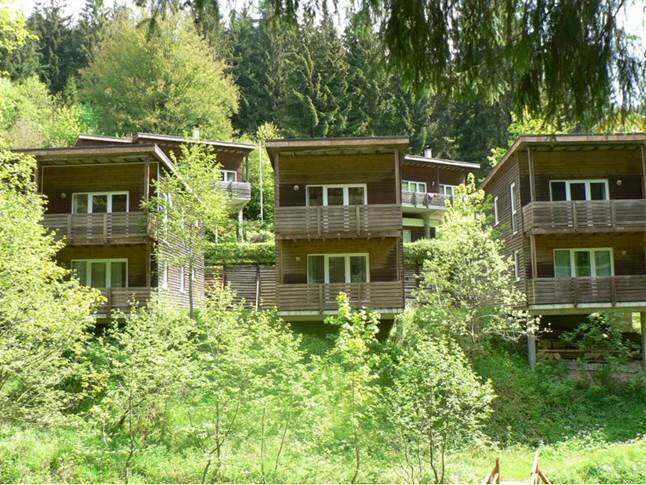 Ferienhäuser Bad Hunderpfund mitten im Wald