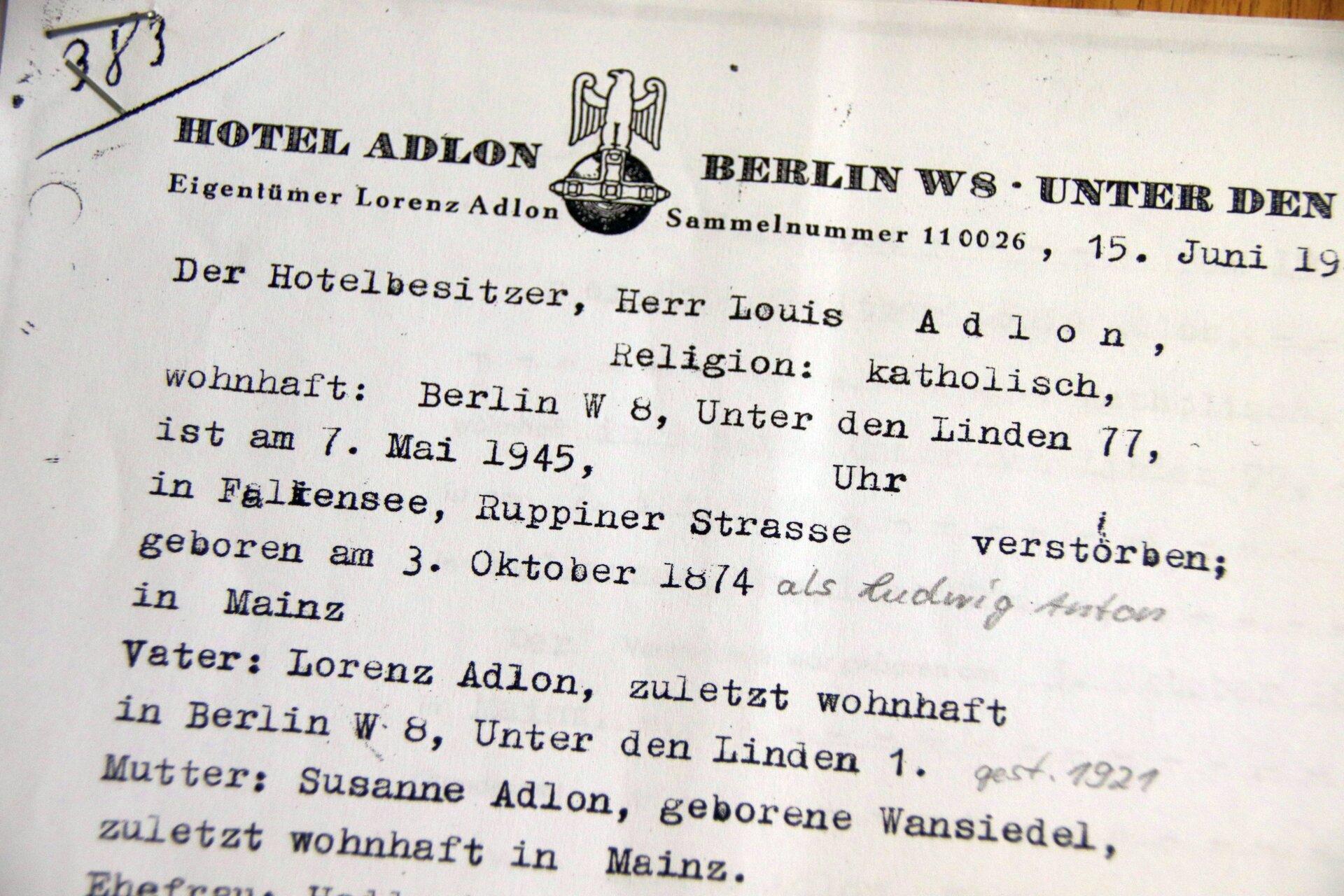 Dokumente aus dem Falkenseer Stadtarchiv belegen: Luis Adlon verstarb 1945 in Falkensee.