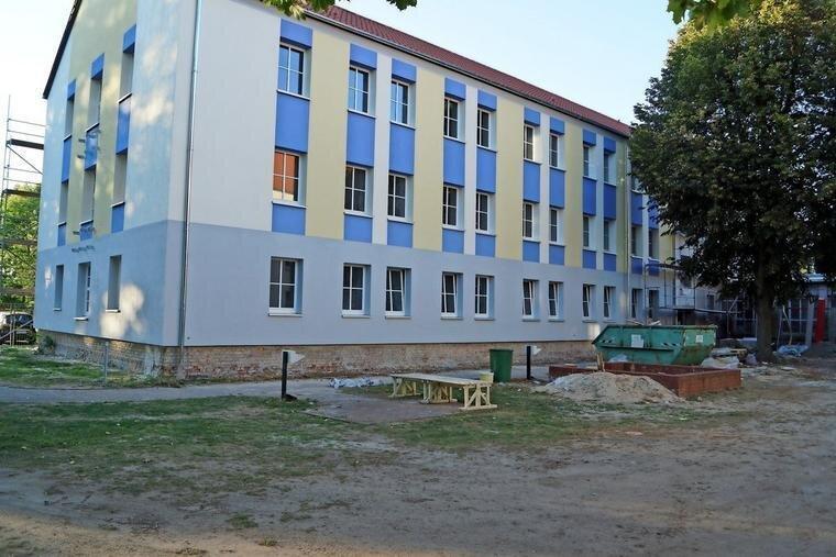 Die Fassade am ersten Bauabschnitt. Quelle: Joachim Wilisch