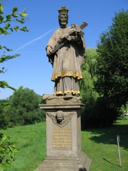 Standbild des heiligen Johannes von Nepumuk
