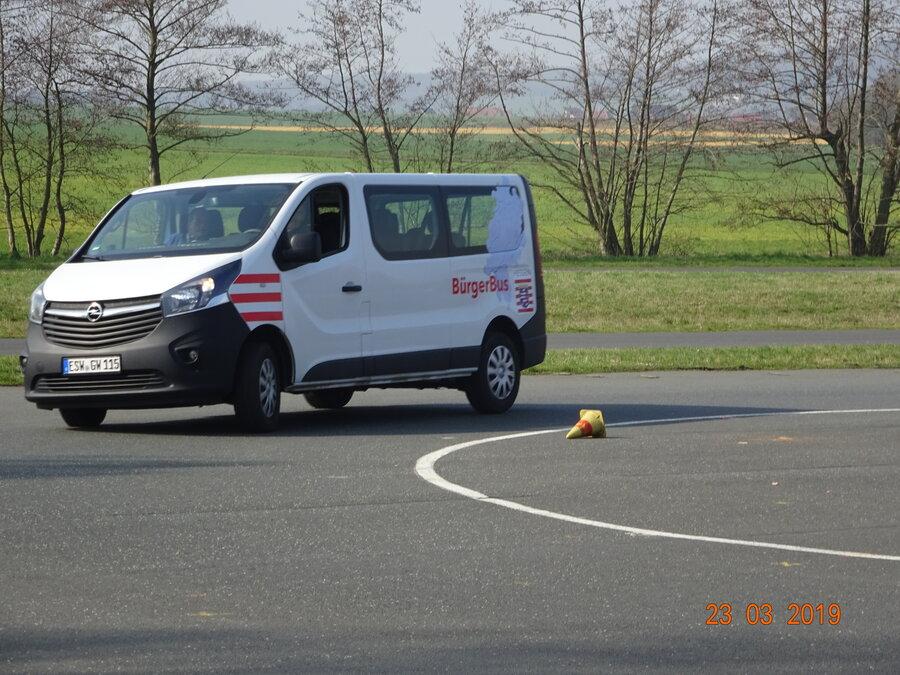 Der Bürgerbus beim Fahrsicherheitstraining