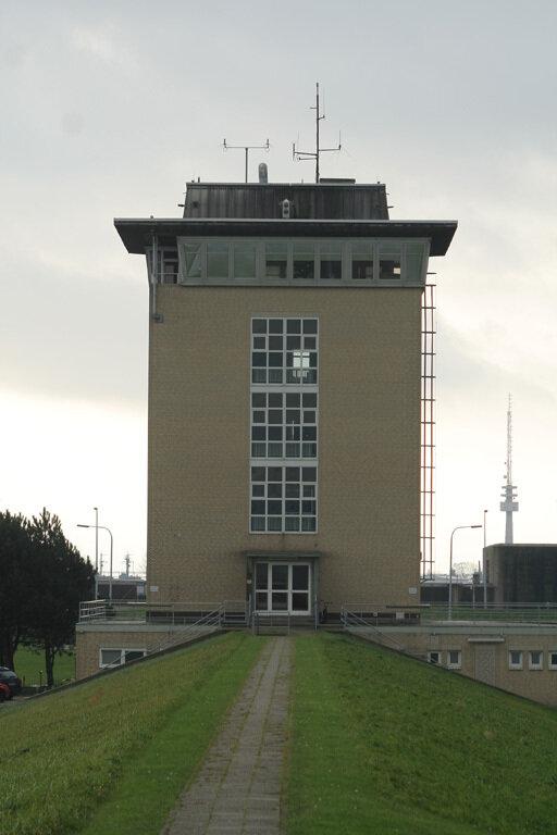 Wilhelmshaven-Seeschleuse Oberfeuer