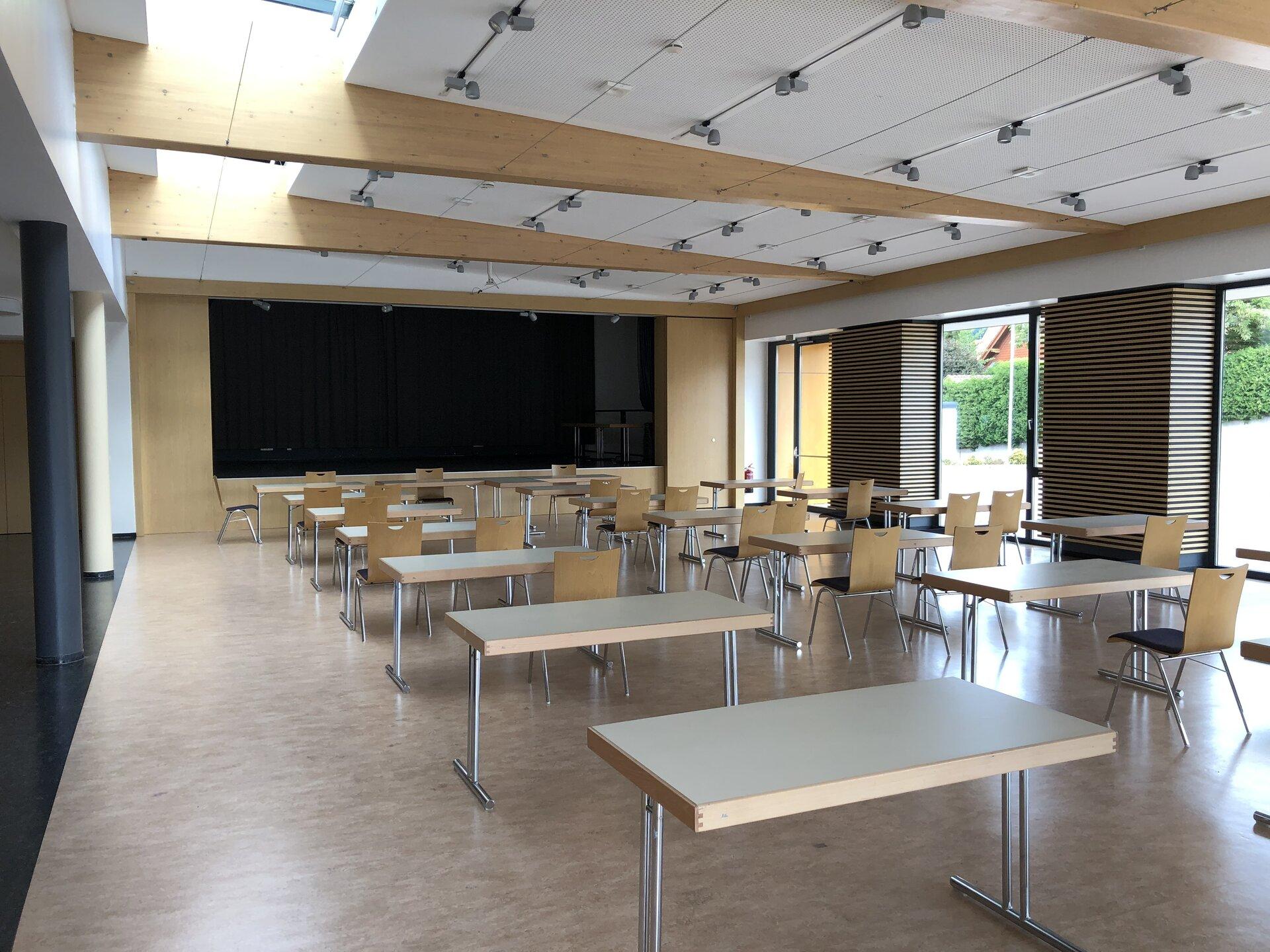 Großer Saal in Blickrichtung Bühne