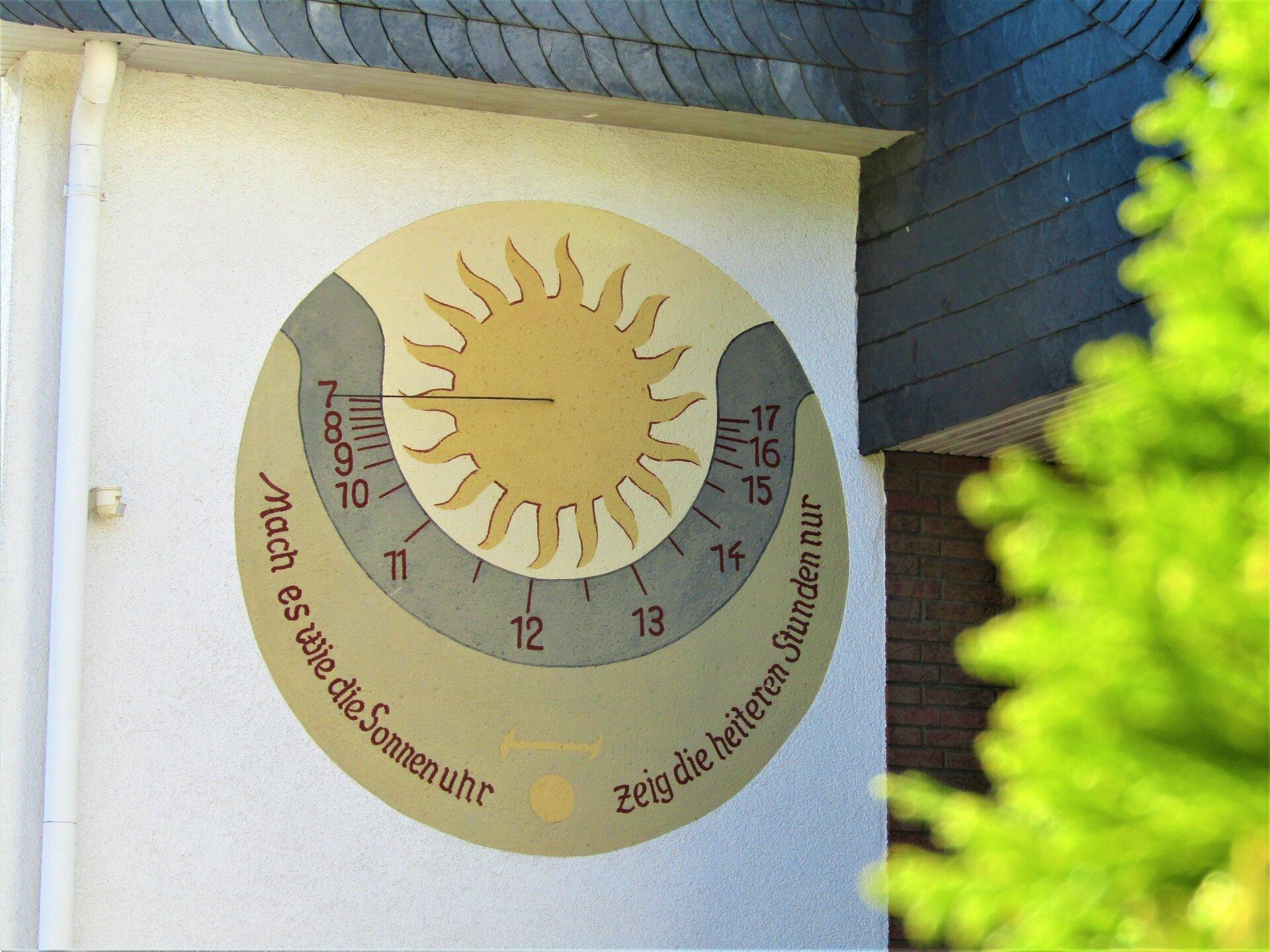 2020-08_Sonnenuhr