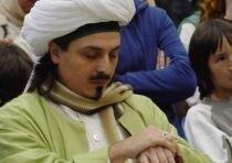 Sheik mit geschlossenen Augen