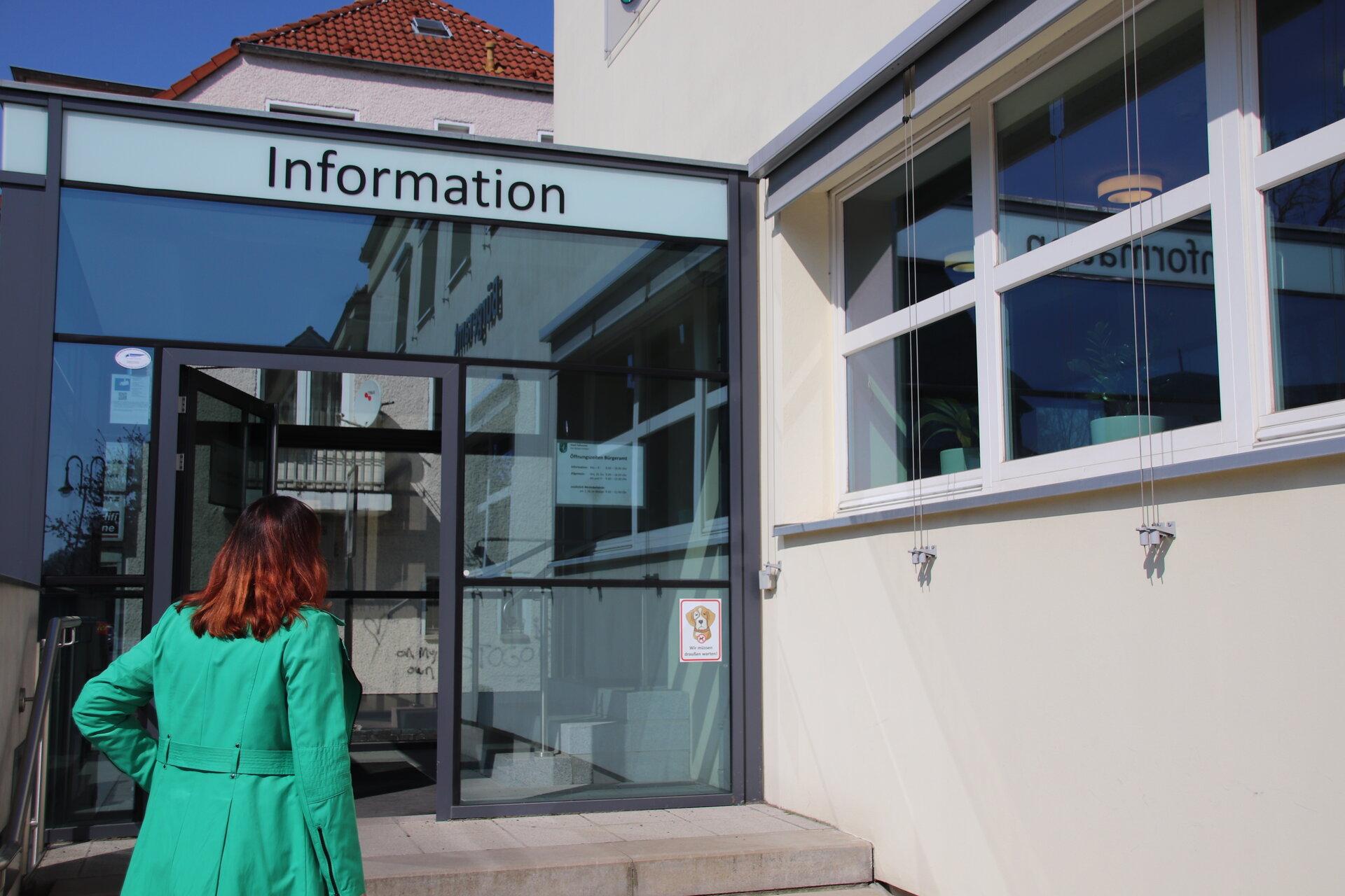 Das Bild zeigt das Bürgeramt in der Poststraße 31.