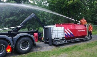 Abrollbehälter (AB) Tank