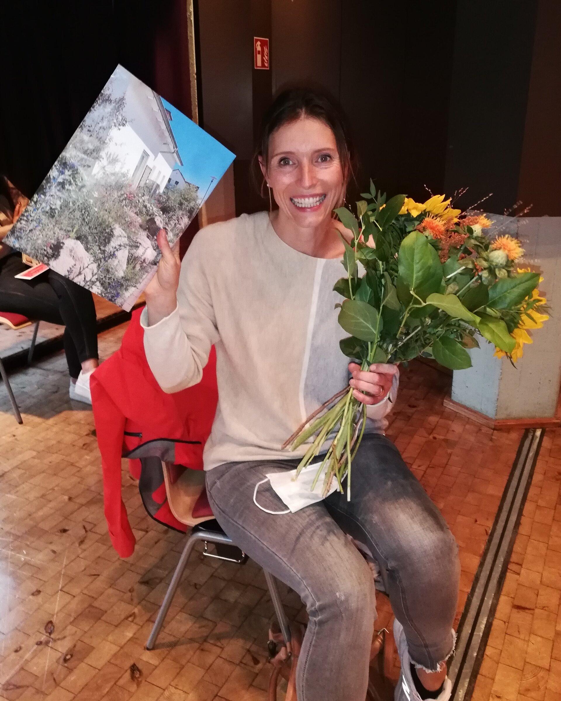 Siegerin des Vorgartenwettbewerbs: Yvonne Spiegelhalder