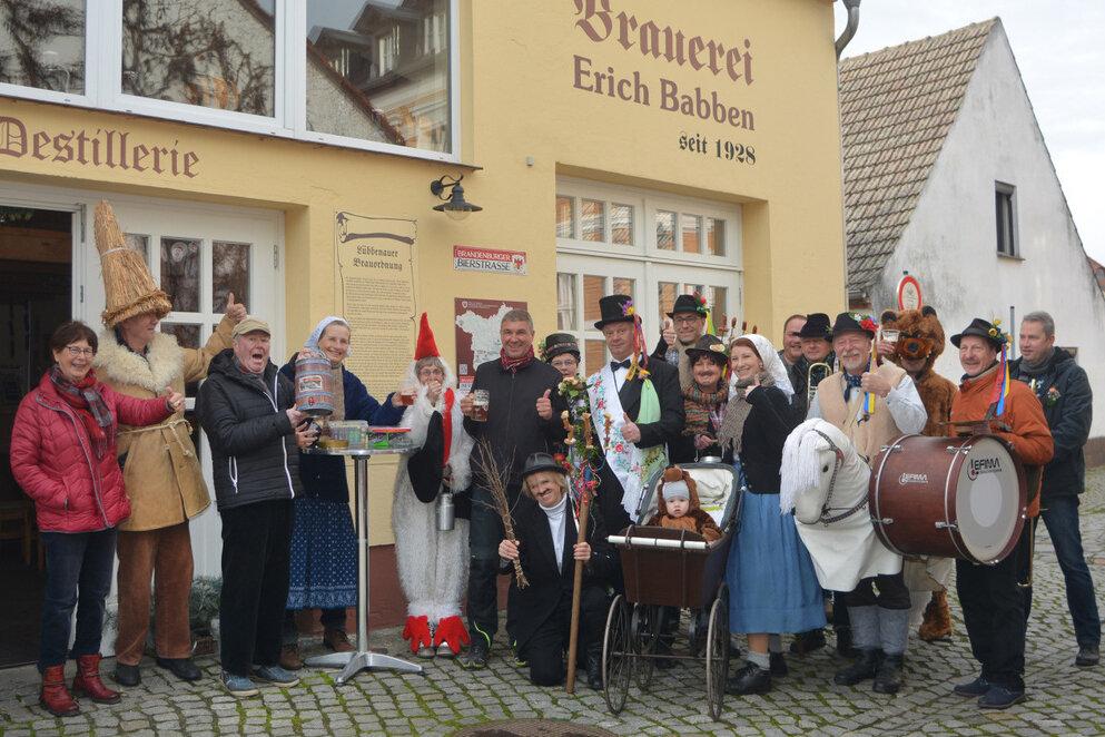 Zampern mit historischen Kostümen, Foto: Rubiško