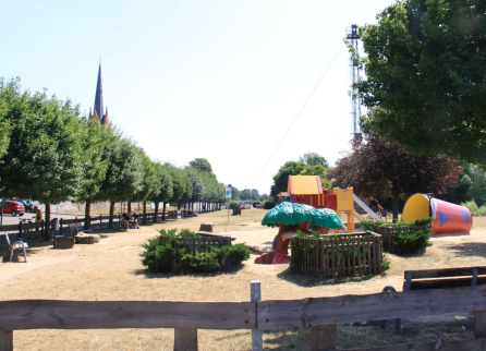 Foto: Stadt Maintal - Spielplatz am Mainufer Maintal Dörnigheim