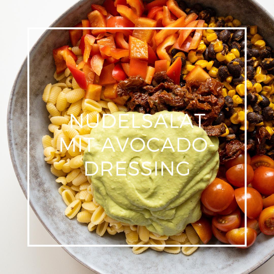 Nudelsalat mit Avocadodressing