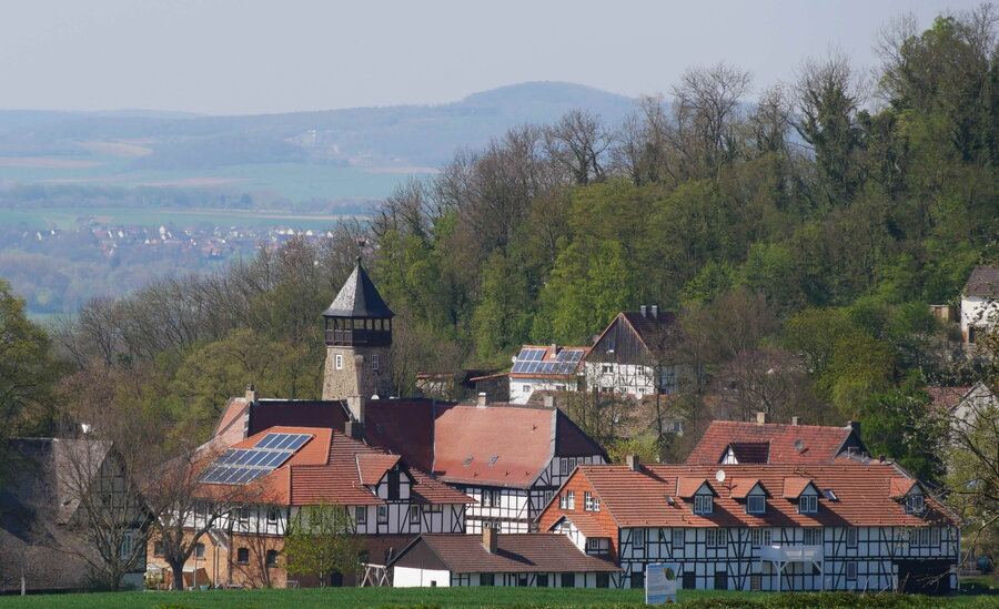 Dorf  Falkenberg mit gleichnamigen Schloss (Foto: Matthias  Hucke)
