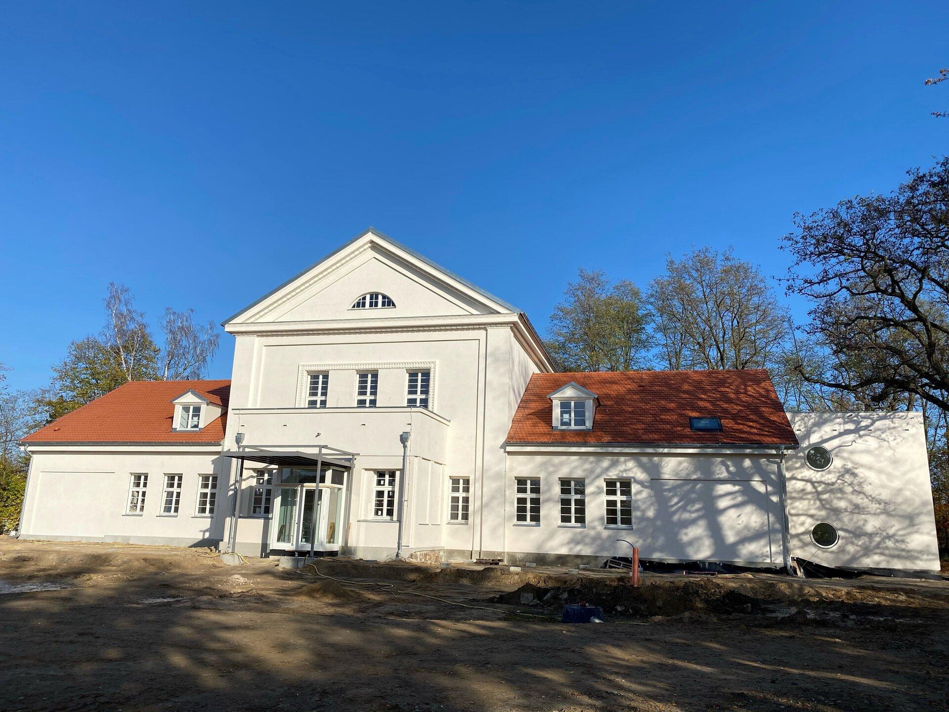 Soziokulturelles Zentrum – alte Scholl-Schule – hinterm Schützenhaus …