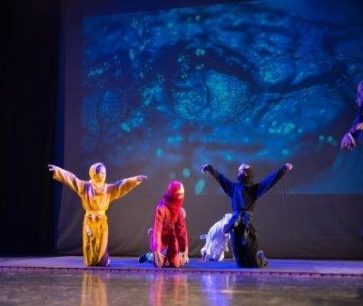 Tanzaufführung 3 Kinder