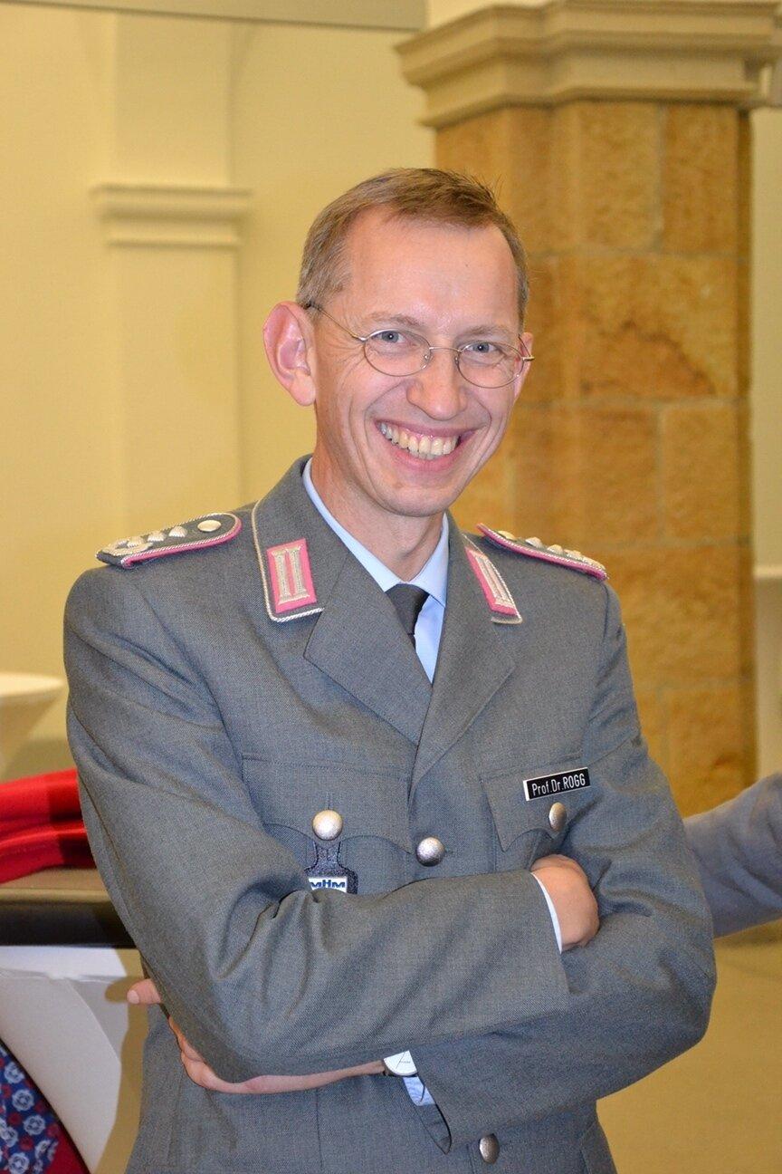 Foto: Oberst i.G. Prof. Dr. phil. habil. Matthias Rogg