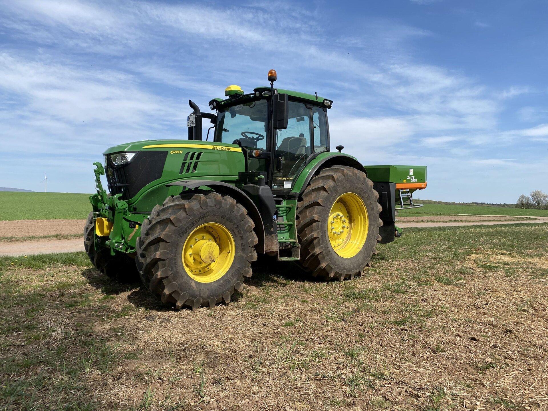 Traktor Passgenaue Düngung mithilfe von Sensortechnik