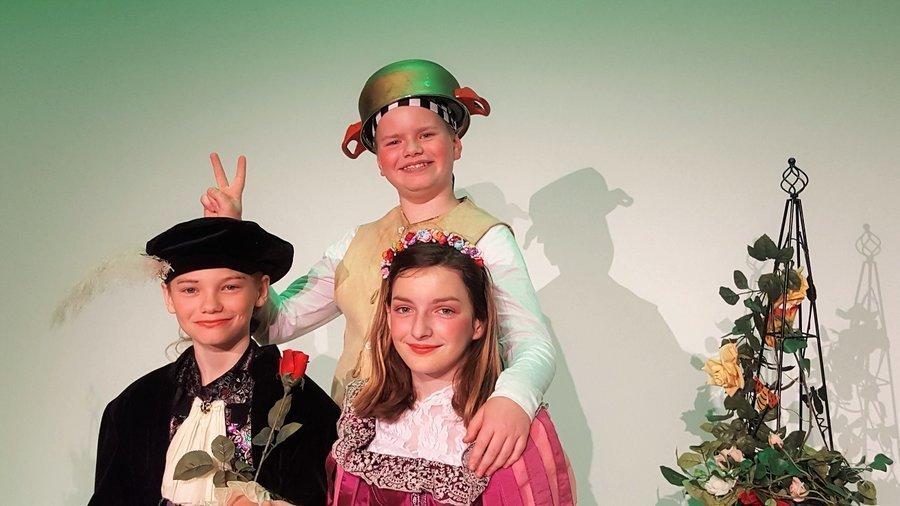 Prinz Alexander, Küchenjunge Simon und Rosalie