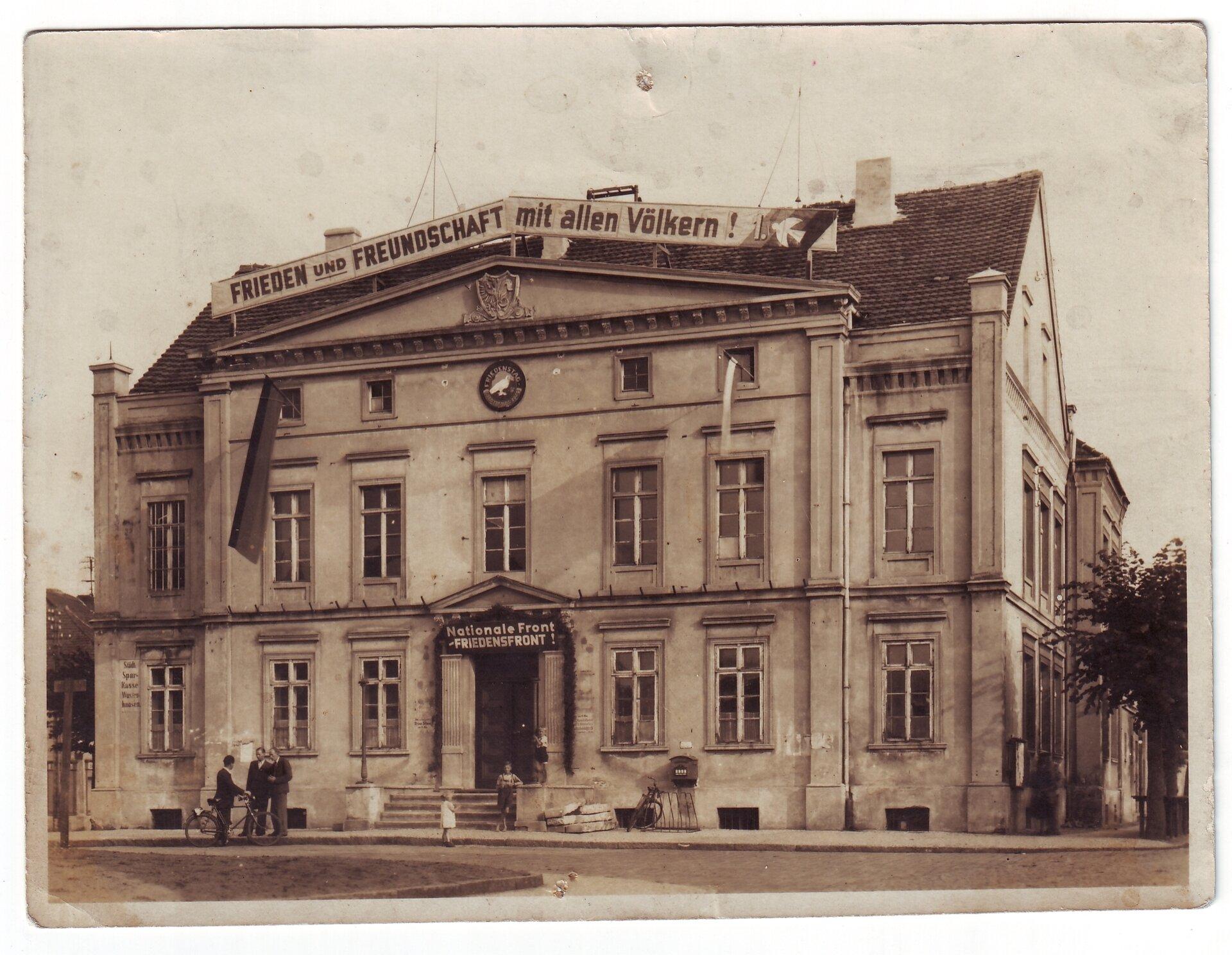 Rathaus 1.9.1949 Quelle: Archiv Wegemuseum