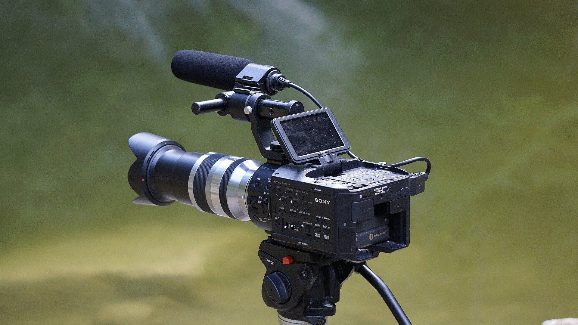 Bild zeigt Videokamera; Pixabay