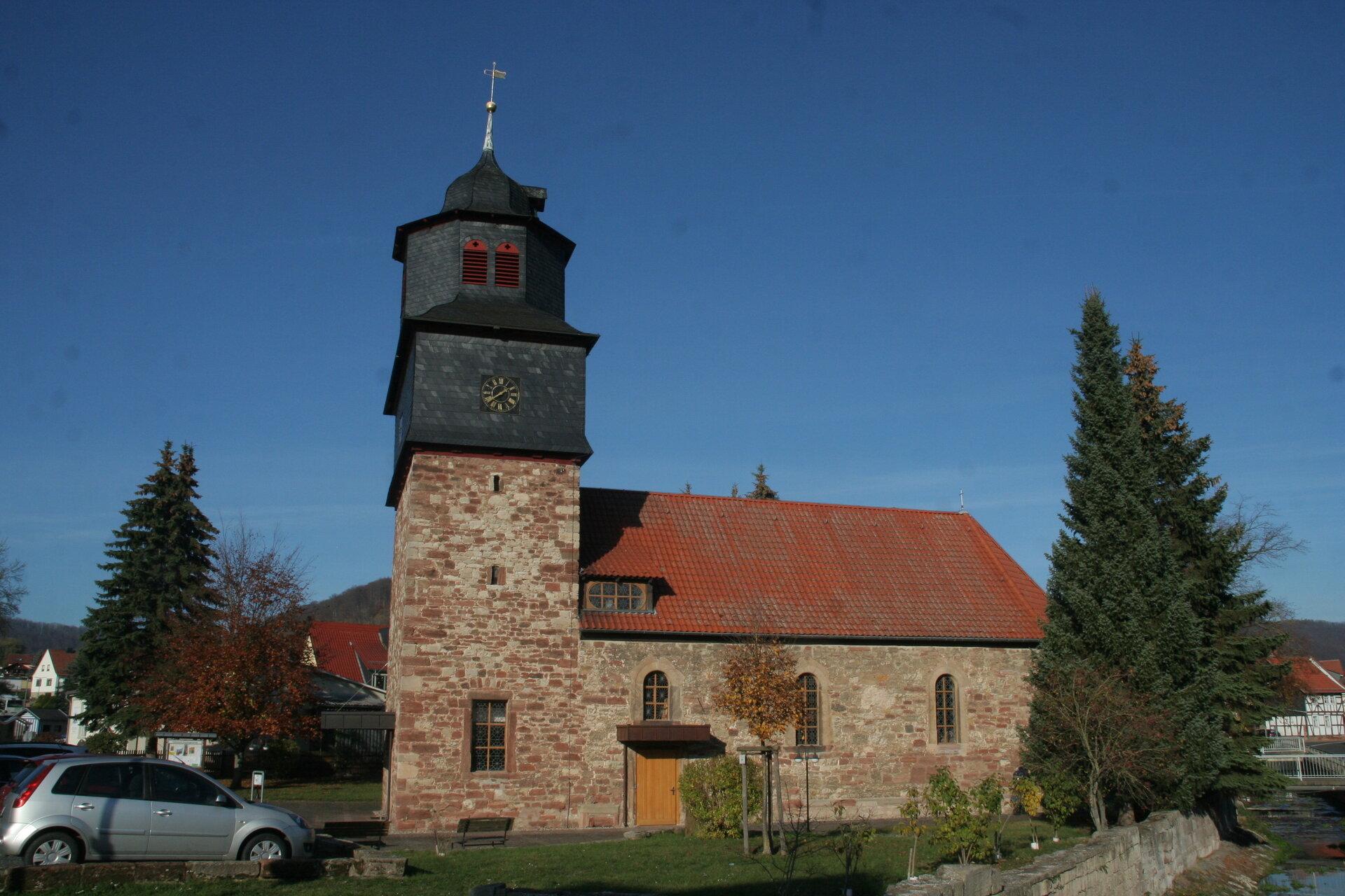 Kirche St. Ursula Martinfeld